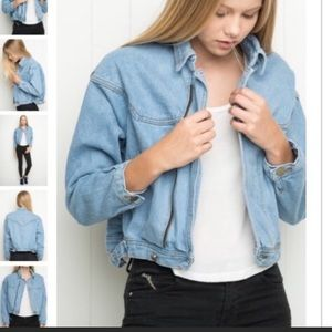 Brandy Melville Cropped Medium Wash Jacket zipper